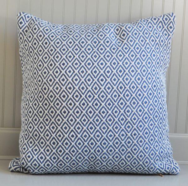 diamond pattern cushion
